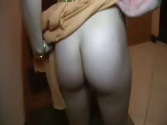 Horny girls sexing in...